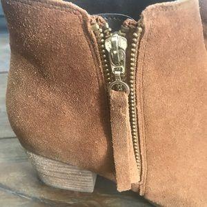 Like new - Women's Aldo Rust Brown Boot